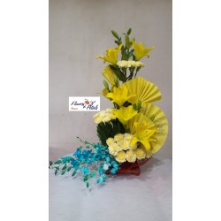 Asiaitic Lily ,Yellow Carnation ,  Color Orchid