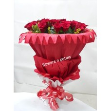 30 Red Roses Bunch With Red Paper Packing