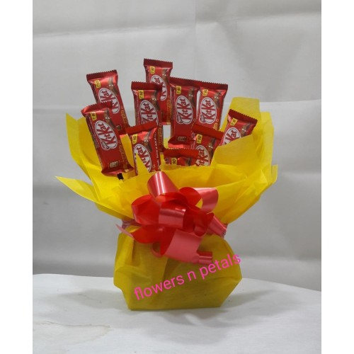 10 Pcs Kitkat chocolate Arrangement