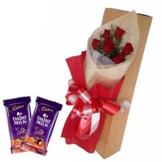 6 Red Roses Bunch Red paper packing + 2 silk