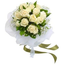 White Roses Bunch with White Packing